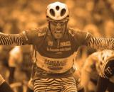 Mario Cipollini commenta le cadute al Giro d'Italia.