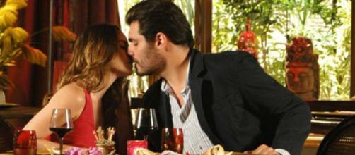 Ana e Lúcio em 'A Vida da Gente' (Reprodução/Rede Globo)