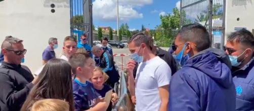 Florian Thauvin dit au revoir aux supporters de l'OM - Photo capture d'écran vidéo