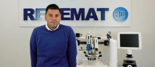 José Manuel Baena, fundador y CEO de Regemat 3D, la única empresa española de bioimpresión que fabrica dispositivos adaptados (Foto: Regemat 3D)