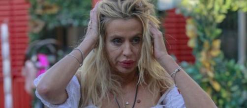 Supervivientes, Valeria Marini attaccata per avere perso la prova apnea: 'Ho bevuto acqua'.