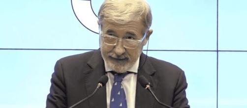 Malore per il sindaco Marco Bucci, cade e si rompe sei costole