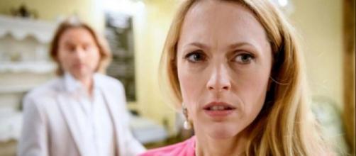 Tempesta d'amore, anticipazioni tedesche: Rosalie si vendica dell'inganno di Michael.