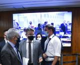 Flávio Bolsonaro provoca tumulto na CPI da Covid ao xingar Renan Calheiros (Marcos Oliveira/Agência Senado)