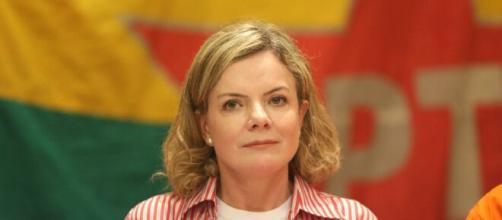 Deputada do PT diz que bancada do presidente Bolsonaro está inviabilizando projeto que aumenta valor do auxílio (Divulgação/PT)