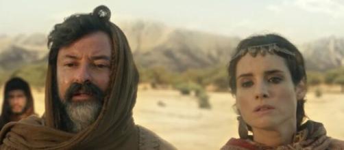 Ló e Ayla em 'Gênesis' (Reprodução/Record TV)