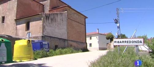 Conoce Ribarredonda, el pueblo español cuya comunidad ya está vacunada en su totalida (Telediario - 21 horas - 06/05/21 - rtve.es)