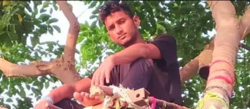 El hombre de 18 años huyó de la ciudad en la que estudiaba por las cifras de contagios de COVID-19 (Twitter, @Singhpankaj1993)