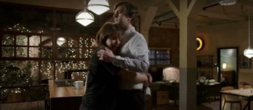 On 'The Good Doctor' Shaun and Lea release their shared grief at the close of 'Letting Go' (Image source: TVPromos/YouTube)