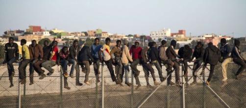 Inmigrantes en la frontera (Creative Commons)