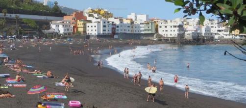 Los españoles esperan la llegada del verano y del fin del estado de alarma para ir de vacaciones. (Foto: Pixabay)