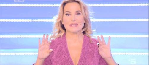 Barbara d'Urso critica alcuni atteggiamenti di Diletta Leotta.