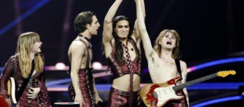 I Maneskin vincono l'Eurovision: l'Italia sul tetto d'Europa per la terza volta.