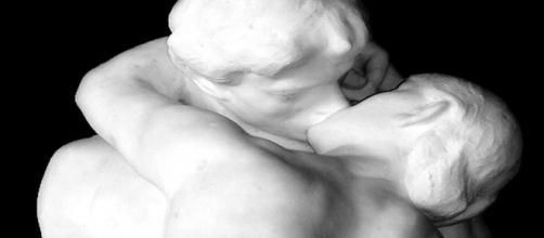 Auguste Rodin's 'The Kiss' looks like something Claudel Camille would do. [Image Source: Cilest/Flickr]