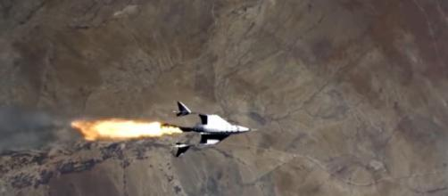 Virgin Galactic completes 1st spaceflight in over 2 years, inching closer to commercial service (Image source: Global News/YouTube)