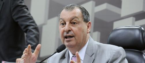 Omar Aziz fica indignado com depoimentos de Eduardo Pazuello na CPI da Covid (Jane de Araújo/Agência Senado)