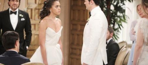 Beautiful, spoiler al 5 giugno: Logan e Douglas interrompono il matrimonio di Zoe e Thomas.