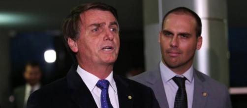Eduardo Bolsonaro afirma que o presidente ainda está com a popularidade em alta (Fábio Rodrigues Pozzebom/Agência Brasil)