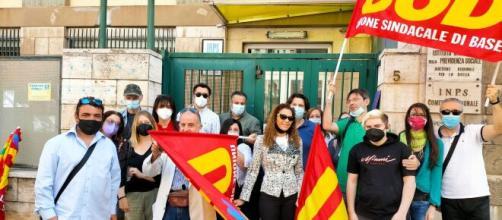 Ex dipendenti del contact center INPS di Palermo in protesta