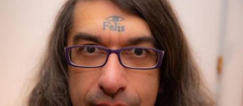 Gabriele Paolini, il 'disturbatore' tv è stato condannato a 5 anni per pedofilia.