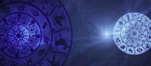 Predizioni oroscopo della giornata di domenica 30 maggio 2021