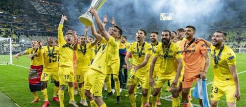El Villarreal consiguió su primer título continental. @VillarrealCF