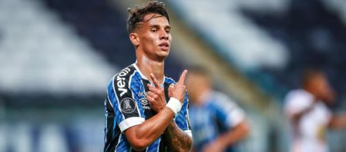 Grêmio pretende oferecer salário de protagonista a Ferreira (Lucas Uebel/Grêmio)