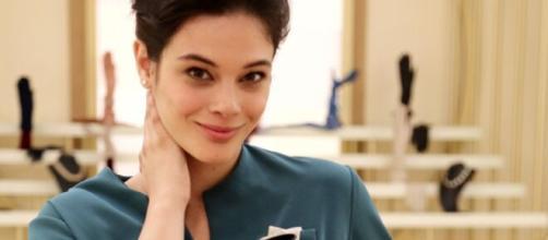 Il Paradiso delle signore 6: Tina potrebbe tornare, l'attrice è con Salvatore e Agnese.