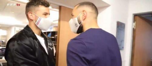 La rencontre entre Lucas Hernandez et Karim Benzema - Crédit Photo: capture vidéo FFF TV