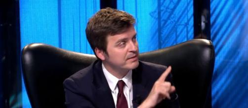 Marc Giró genera un tenso momento de autocrítica a Telecinco (Telecinco)