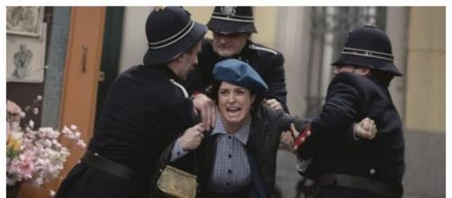 Una vita, spoiler spagnoli: Maite finisce in carcere per la sua storia con Camino.