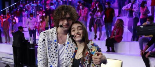 Amici 20, Sangiovanni sul fidanzamento con Giulia: 'Lei non voleva che si sapesse'.