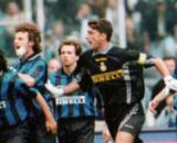 Nella foto un episodio in Juventus-Inter del 1998