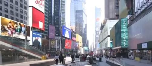 New York City makes plans to fully reopen as coronavirus vaccinations fall (Image source: CBS News/YouTube])