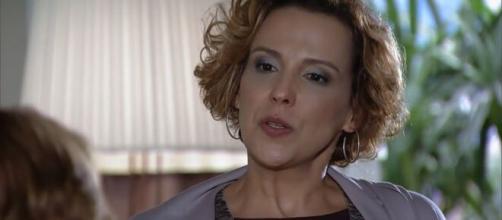 Eva ignora sentimentos de Manu em 'A Vida da Gente'. (Reprodução/TV Globo)