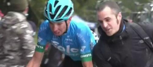 Giro D'Italia, il tifoso dello Zoncolan raccoglierà dei fondi per Progetto Autismo FVG.