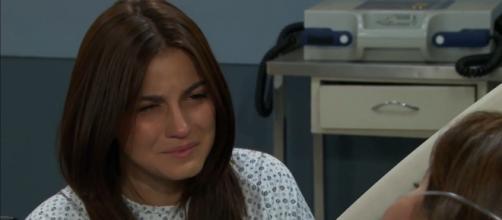 Maria finalmente perdoa Vitória. (Reprodução/Televisa)