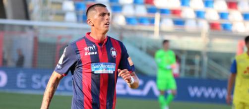 Calciomercato Crotone: la Salernitana sarebbe interessata a Molina.