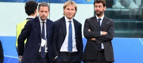 Dopo Paratici anche Nedved potrebbe lasciare la Juventus.