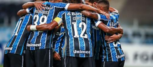 Grupo do Grêmio quer Alex Teixeira no clube. (Arquivo Blasting News)