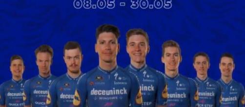 La formazione della Deceuninck Quickstep per il Giro d'Italia.