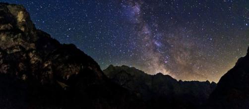 Previsioni zodiacali del 6 maggio: Cancro riservato, Sagittario tenace.