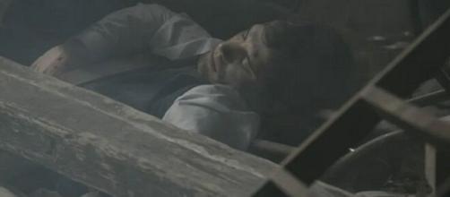 Il segreto, trame Spagna: Pablo rimane ferito in un'esplosione.