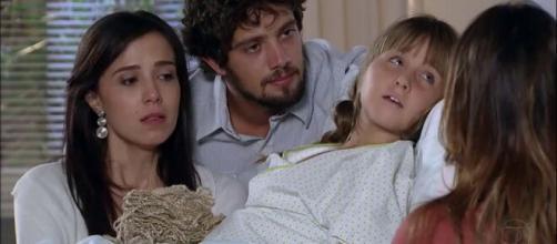 Júlia, Rodrigo, Júlia e Ana em 'A Vida da Gente' (Reprodução/Rede Globo)
