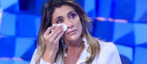Elisa Isoardi si commuove a Verissimo dopo L'Isola: 'Non sono abituata a vedermi così'.