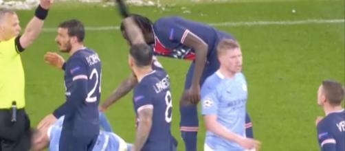 Marco Verratti insulté par l'arbitre de la rencontre entre le PSG et Manchester City. (capture match RMC Sport)
