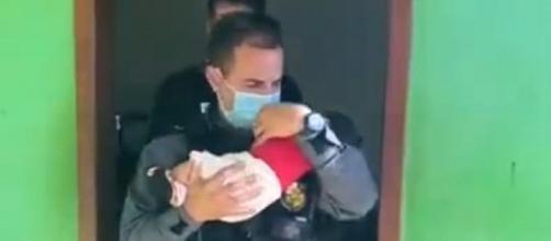 Bebê de dois meses foi resgatado nesta terça-feira (8) (Divulgação/Polícia Civil)