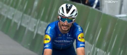 Julian Alaphilippe ha annunciato il ritiro dal Giro di Svizzera
