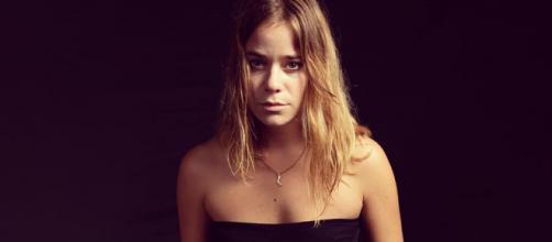 Un posto al sole, Chiara Petrone (Alessandra Masi).