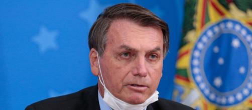 Bolsonaro causa polêmica com fala sobre máscara (Agência Brasil)